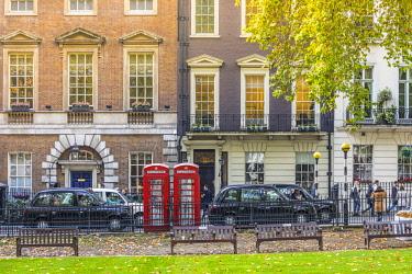 UK11235 Berkeley Square, Mayfair, London, England, UK