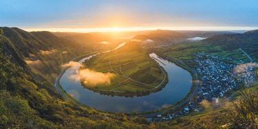 GER10508AW Bremm, Cochem-Zell district, Rhineland-Palatinate, Germany.