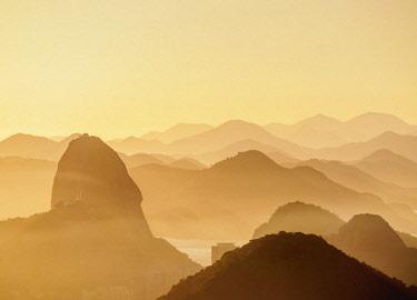 BRA3601AW Sugarloaf Mountain at sunrise, Rio de Janeiro, Brazil