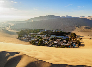 PER34023AW Huacachina Oasis, elevated view, Ica Region, Peru