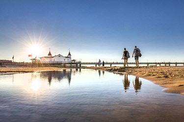 GER10555AW Pier, Ahlbeck, Usedom island, Mecklenburg-Western Pomerania, Germany