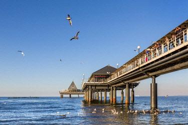 GER10571AW Pier, Heringsdorf, Usedom island, Mecklenburg-Western Pomerania, Germany