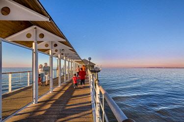 GER10572AW Pier, Heringsdorf, Usedom island, Mecklenburg-Western Pomerania, Germany
