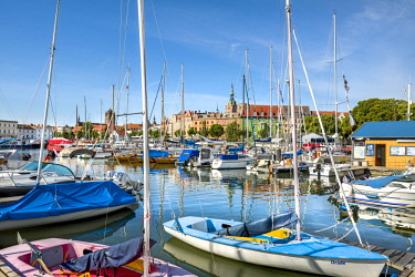 GER10592AW Marina and old town, Stralsund, Mecklenburg-Western Pomerania, Germany