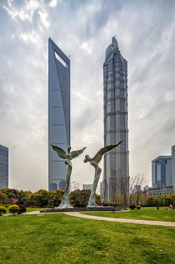 CH1408 Skyscrapers seen from Lujiazui Central Green Space, a green oasis in Pudong. From left to right: Shanghai World Financial Center, Jin Mao Tower.