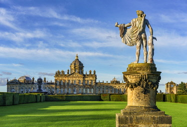 ENG15086AW Europe, England, North Yorkshire, Castle Howard