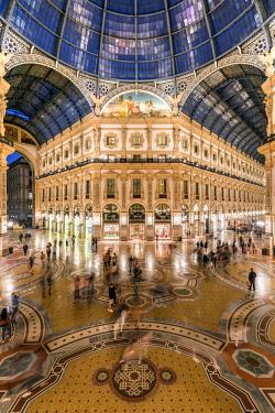 ITA113357AW Galleria Vittorio Emanuele II shopping mall, Milan, Lombardy, Italy