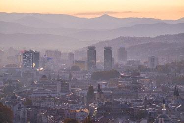 BH01123 Bosnia and Herzegovina, Sarajevo, View of Sarajevo City