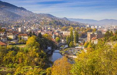 BH01132 Bosnia and Herzegovina, Sarajevo, View of city and Miljacka River