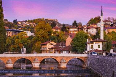 BH01136 Bosnia and Herzegovina, Sarajevo, View towards Sehercehaja bridge, with  Vratnik Citadel - also known as Bijela Tabija (white fortress) in the distance