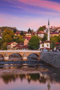 BH01167 Bosnia and Herzegovina, Sarajevo, View towards Sehercehaja bridge, with  Vratnik Citadel - also known as Bijela Tabija (white fortress) in the distance