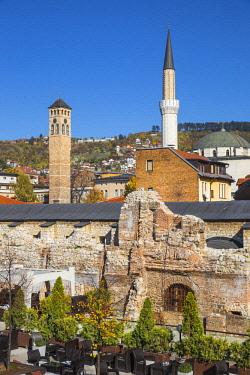 BH01178 Bosnia and Herzegovina, Sarajevo, Bascarsija - The Old Quarter, Outdoor bar area next to the Taslihan - An ancient caravanserai