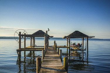 US61673 USA, New York, Finger Lakes Region, Romulus, boat pier on Cayuga Lake