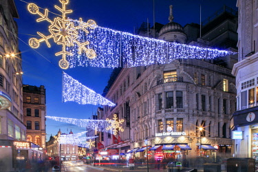 ENG15139AW Night view of Christmas lights at Piccadilly Circus in front of Regent Street, London, England, Great Britain