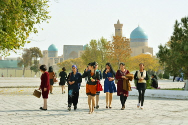 UZB0141AW Street scene. Bukhara, a UNESCO World Heritage Site. Uzbekistan