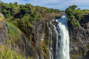 ZIM2694AW Africa, Zimbabwe, Matabeleland north. The Victoria Falls with low water