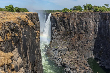 ZIM2699AW Africa, Zimbabwe, Matabeleland north. The Victoria Falls