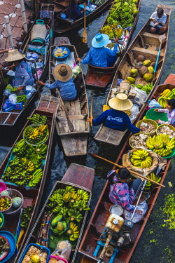 THA1153AW Floating markets, Bangkok, Thailand.