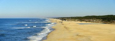 POR9697AW The vast sandy of Praia Velha, Sao Pedro de Moel. Marinha Grande, Leiria. Portugal