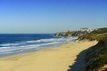 POR9701AW The vast sandy beach of Agua de Madeiros, Sao Pedro de Moel. Marinha Grande, Leiria. Portugal