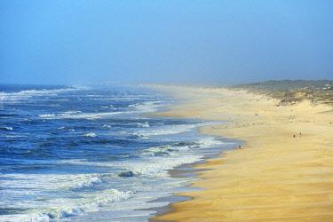 POR9716AW The vast sandy of Praia Velha, Sao Pedro de Moel. Marinha Grande, Leiria. Portugal