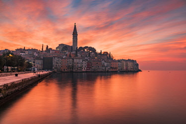 CRO1626AW Sunset view of Rovinj - Rovigno, Istria, Croatia