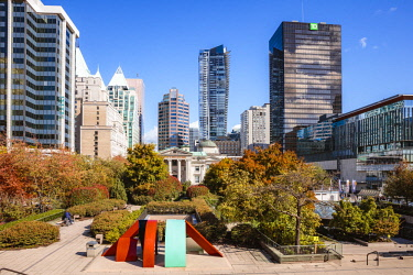 CAN3269AW Robson square in autumn, Vancouver, British Columbia, Canada