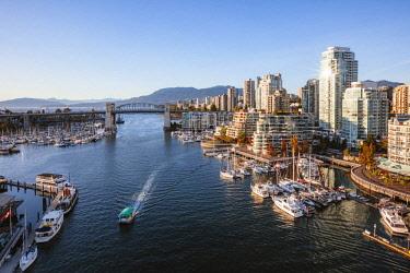 CAN3281AW False Creek, Vancouver, British Columbia, Canada
