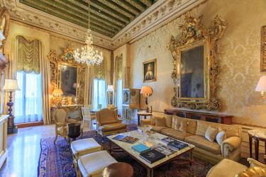 IT02829 Italy, Veneto, Venice, Sestiere of San Marco, Historic Hotel Danieli