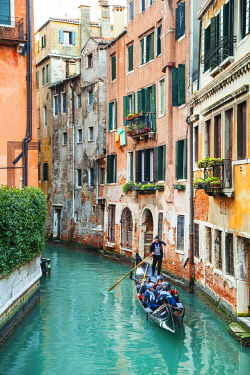 ITA11467 Italy.Veneto.Venice. Gondolas passing through canals.