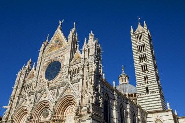 ITA11519 Siena, Tuscany, Italy. The Siena Duomo.