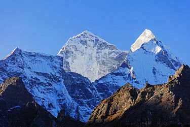 NEP2282 Asia, Nepal, Khumbu valley, Sagamartha National Park, Unesco World Heritage site, Kangtega 6782m