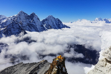 NEP2320 Asia, Nepal, Khumbu valley, Sagamartha National Park, Unesco World Heritage site, Ama Dablam (6812m) Camp 2