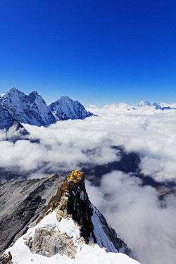 NEP2321 Asia, Nepal, Khumbu valley, Sagamartha National Park, Unesco World Heritage site, Ama Dablam (6812m) Camp 2