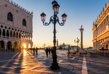 ITA11727AW Venice, Veneto, Italy. Piazzetta San Marco and Doge's palace at sunrise.