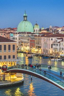 ITA11775AW Constitution Bridge (Calatrava Bridge) over the Grand Canal, Venice, Veneto, Italy.