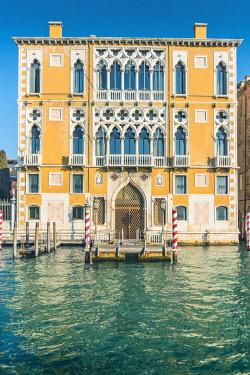 ITA11799AW Venice, Veneto, Italy. Gothic waterfront of Palazzo Cavalli-Franchetti.