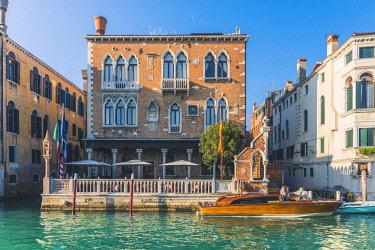 ITA11800AW Venice, Veneto, Italy. Gothic waterfront of Palace Hotel Stern.