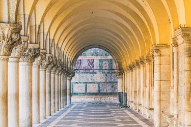 ITA11848AW Doge's palace arcade, St Mark's square, Venice, Veneto, Italy.