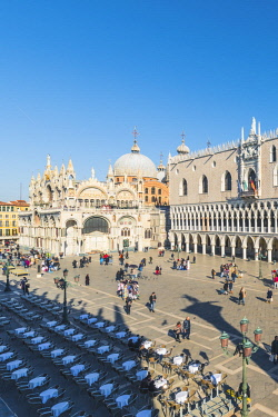 ITA11850AW Venice, Veneto, Italy. High angle view over Piazzetta San Marco and Doge's Palace.