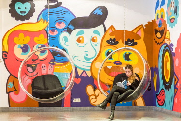 HMS2997778 Belgium, Brussels, Rue Royale, Hotel Bloom!, Lobby with mural by Belgian artist Bue the Warrior, in which no room is identical