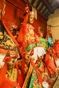 TPX62269 China, Hong Kong, Central, Hollywood Road, Man Mo Temple, Statues of Taoist Gods