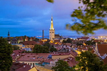 HMS2869356 Estonia (Baltic States), Harju region, Tallinn, historical center listed as World Heritage by UNESCO, Patkuli Belvedere on Toompea Hill, overlooking the bell tower of the Church of St. Olaf (Oleviste...