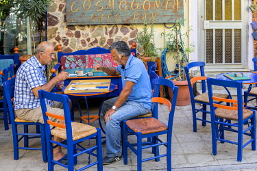 HMS2070269 Greece, Crete Southwest, the village of Paleochora, café