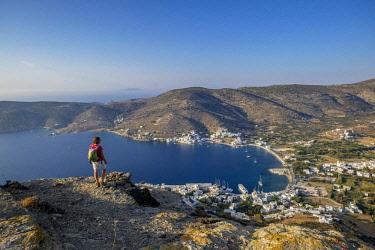 HMS2952798 Greece, Cyclades islands, Amorgos island, Katapola bay from Moudoulia hill (or Mountoulia hill)