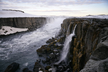 HMS3089564 Iceland, Nordurland Eystra region, Jokulsargljufur National Park, Selfoss waterfall near Dettifoss