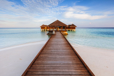 MIV0412AW Wooden pier in a tropical island, Maldives