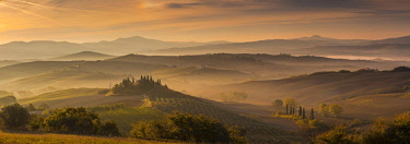 HMS2457275 Italy, Tuscany, Siena district, Orcia Valley, listed as World Heritage by UNESCO, Podere Belvedere near San Quirico d'Orcia