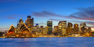 AUS2999AW View of skyline at sunset, Sydney, New South Wales, Australia