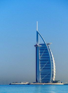 UAE0612AW Burj Al Arab Luxury Hotel, Dubai, United Arab Emirates